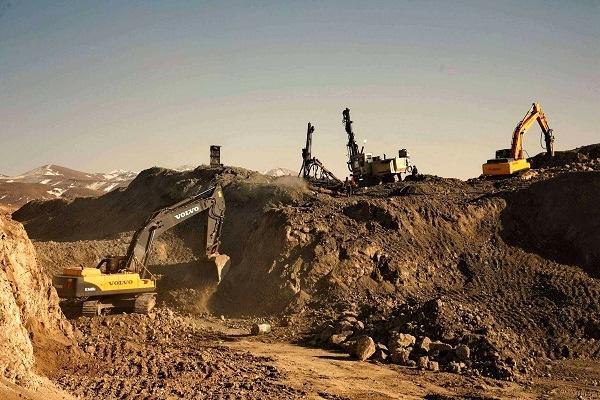 ذخایر سنگ آهن ایران,معدن سنگ آهن