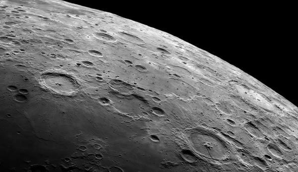 زمان شکل گیری ماه,ماه