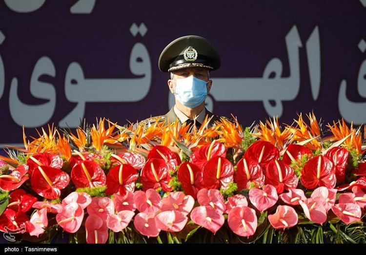 تصاویر مراسم رژه روز ارتش جمهوری اسلامی ایران,عکس های مراسم رژه روز ارتش,تصاویر مراسم رژه ارتش در سال 1400