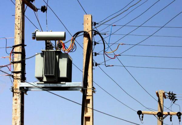 شرکت توزیع نیروی برق اهواز,سقوط دو اصله پایه برق فشار متوسط