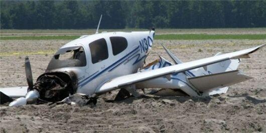 سقوط هواپیمای آموزشی در فرودگاه اراک,جزئیات سقوط هواپیمای آموزشی در فرودگاه اراک