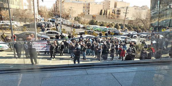 تمع اعتراضی مالباختگان بورس,شاخص کل بورس