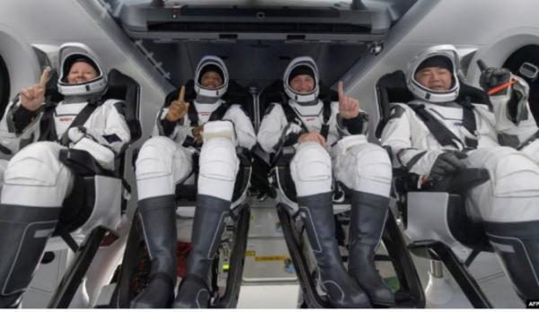 ایستگاه فضایی بین المللی,شرکت اسپیس ایکس