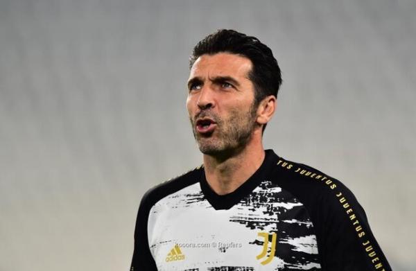 بوفون,عدم خداحافظی بوفون از فوتبال