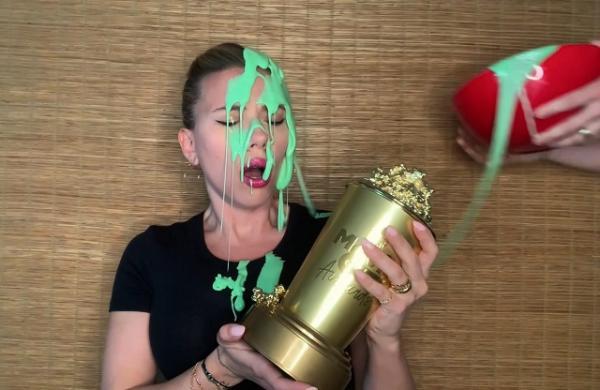 مراسم MTV 2021,اسکارلت جوهانسون