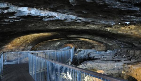 غار به عنوان قدیمیترین خانه انسان,غار
