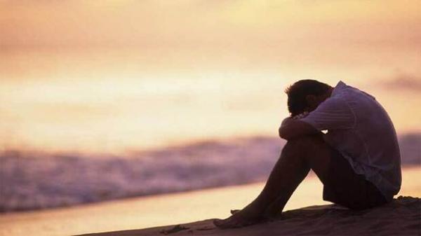 ارتباط تنهایی مردان با افزایش خطر سرطان,ابتلا به سرطان با تنهایی