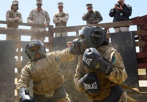تصاویر تمرینات طاقت فرسای زنان تفنگدار دریایی آمریکا,عکس های زنان تفنگدار دریایی آمریکا,تصاویری از تمرین های زنان تفنگدار دریایی آمریکایی