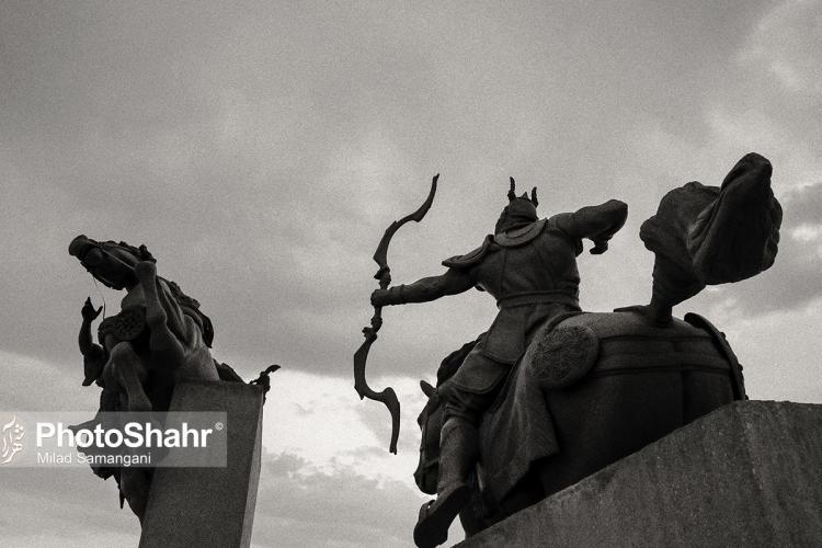 تصاویر تندیسهای افسانهای در مشهد,عکس های تندیس فردوسی در مشهد,تصاویر تندیس فردوسی