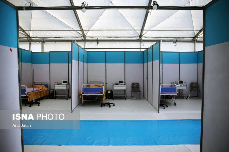 تصاویر افتتاح بیمارستان صحرایی یکصد تختخوابی ارتش در اصفهان,عکس های بیمارستان صحرایی اصفهان,تصاویری از بیمارستان صحرایی در شهر اصفهان