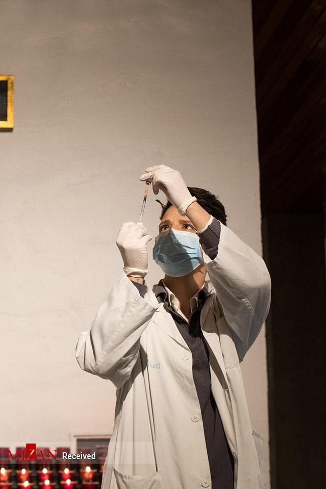 تصاویر مراکز واکسیناسیون گسترده در سراسر جهان,عکس های مراکز تزریق واکسن کرونا در جهان,تصاویر مراکز تزریق واکسن کرونا