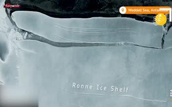 فیلم/ جدا شدن بزرگترین کوه یخ جهان از قطب جنوب
