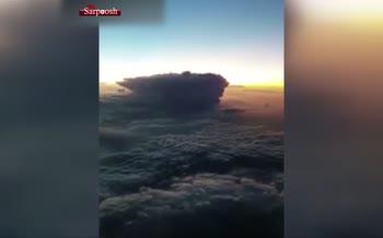 فیلم/ تصاویر شگفت انگیز رعد و برق از نمای بالای ابرها