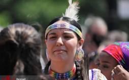 تصاویر سوگواری برای ۲۱۵ کودک درکانادا,عکس های مراسم سوگواری و یاد بود ۲۱۵ کودک کانادایی,تصاویر یادبود برای کودکان بومی کانادا