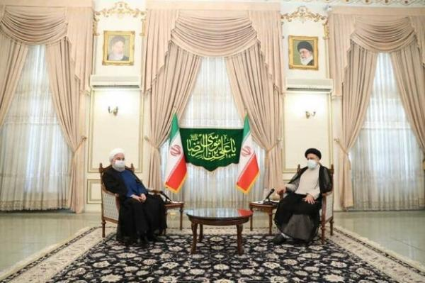 حجتالاسلام و المسلمین رئیسی و روحانی,انتخابات1400