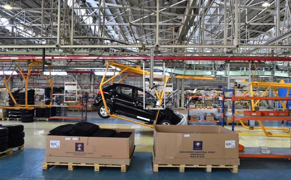 قیمت خودرو در کارخانه,فروش خودرو کاهش قیمت