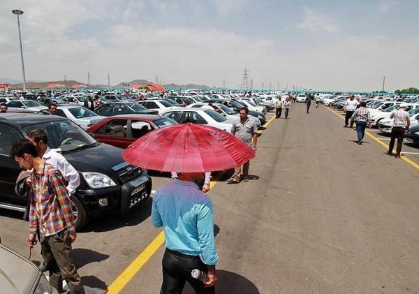 نوسان قیمت ارز، زمزمه آزادسازی قیمت خودرو و روند افزایشی قیمت محصولات در کارخانجات