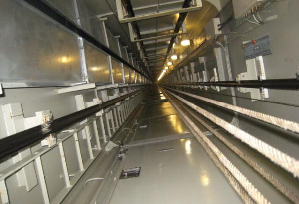 اتحایده آسانسور و پله برقی,سقوط آسانسور