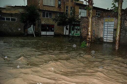 احتمال جاری شدن روانآب,بالا آمدن ناگهانی سطح آب رودخانه های فصلی