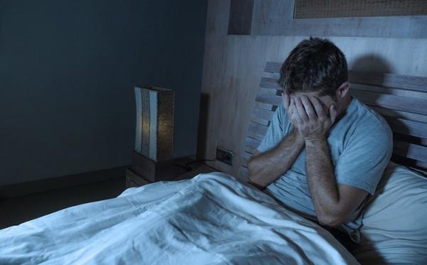 تاثیر زودتر بیدار شدن در عدم ابتلا به افسردگی,ارتباط خواب و افسردگی