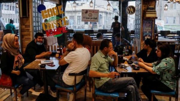 سرو قهوه با واکسن کرونا در عراق,تشویق به تزریق واکسن کرونا در عراق