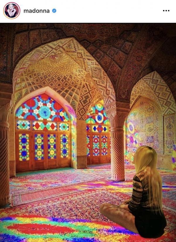 مدونا,مدونا در مسجد نصیرالملک شیراز