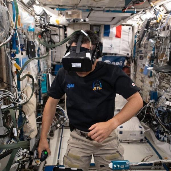 فضانوردان,زندگی فضانوردان درفضا
