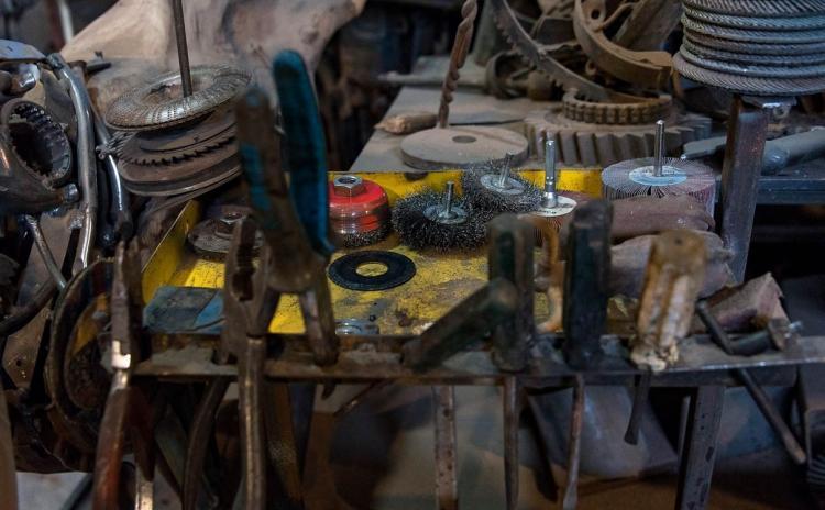 تصاویر مجسمه سازی با ضایعات فلزی,عکس های ساخت مجسمه با ضایعات فلزی,تصاویری مجسمه سازی با ضایعات فلز