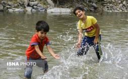 تصاویر افزایش خروجی آب سد زاینده رود,عکس های سد زاینده رود,تصاویری از خوشحالی مردم اصفهان پس از بازگشایی آب در سد زاینده رود
