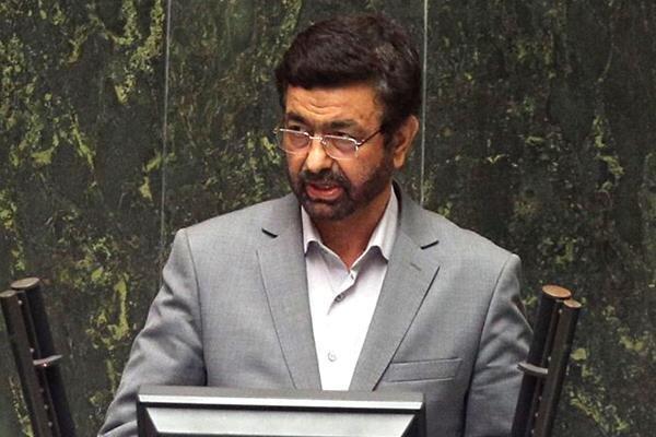 نماینده مردم زاهدان در مجلس شورای اسلامی,انتقاد از نمکی
