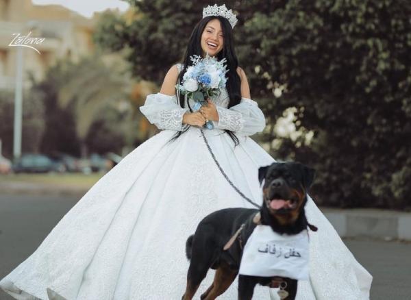 ازدواج جنجالی دختر مصری با سگ,ازدواج دختر با سگ
