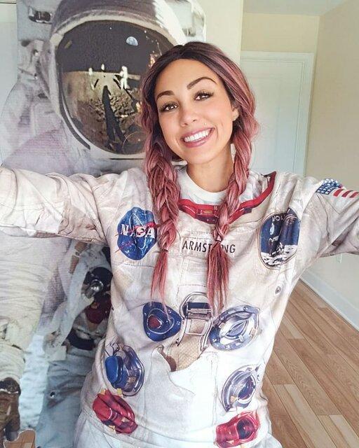 سفر اینفلوئنسر آمریکایی به فضا,کلی جراردی
