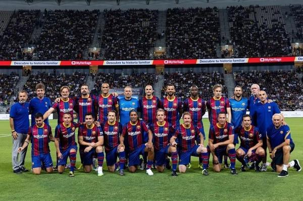 الکلاسیکو اسطورهها,دیدار اسطوره های رئال مادرید و بارسلونا
