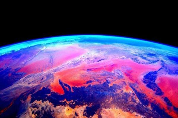 کره زمین,امواج ارتعاشی