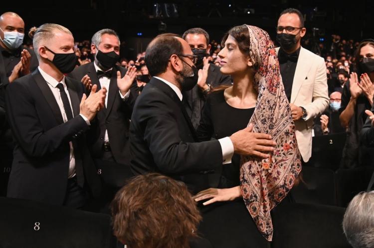 تصاویر اختتامیه جشنواره فیلم کن 2021,عکس های اختتامیه جشنواره فیلم کن 2021,تصاویر جشنواره فیلم کن 2021