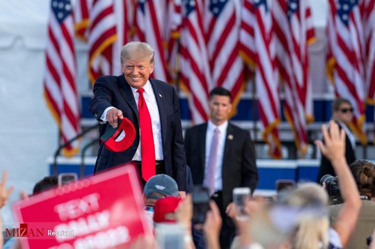 تصاویر اولین گرد همایی ترامپ,عکس های گردهمایی ترامپ و طرفدارانش,تصاویری از گردهمایی ترامپ برای اولین بار با طرفدارانش