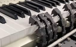 رباتی با قابلیت نواختن پیانو با انرژی هوا,نواختن پیانو توسط ربات
