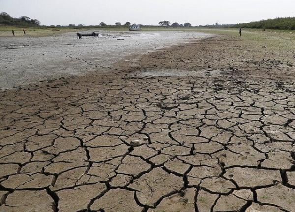 خشک شدن رودخانه چالوس,: سدهای انحرافی انتقال آب برای کشاورزی