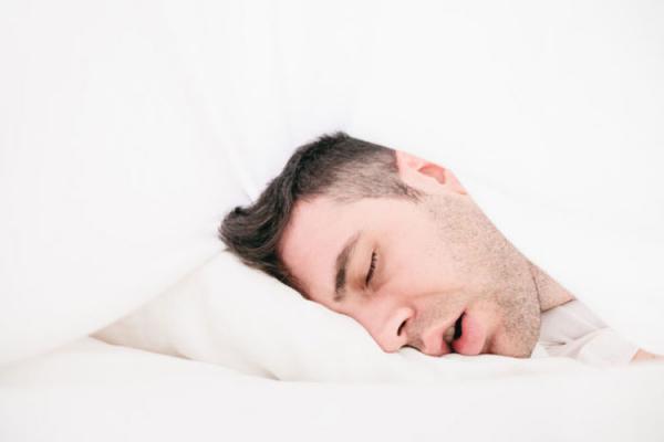 آپنه خواب,افزایش خطر آپنه خواب با کار کردن با گوشی