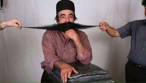 درازترین سبیل جهان,محمدبارو