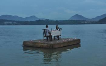 رستوران شناور برای زوجهای عاشق در ژاپن,رستوران عشاق در ژاپن