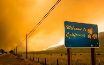 تصاویر بزرگترین آتشسوزی در آمریکا,عکس های آتش سوزی در آمریکا,تصاویر آتش سوزی بزرگ در کشور آمریکا