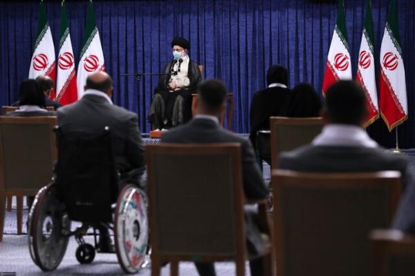 آیت الله العظمی خامنهای,رهبر انقلاب