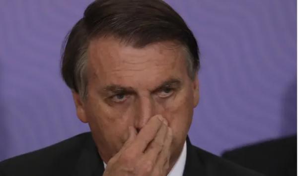 رییس جمهوری برزیل,مخالف رییس جمهوری برزیل با واکسن کرونا