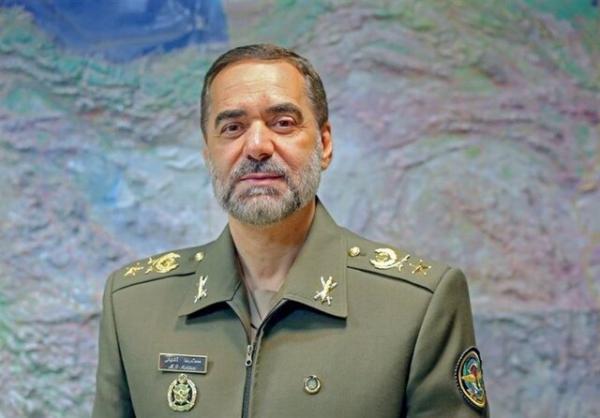وزیر دفاع و فرمانده کل سپاه,سلامی و آشتیانی
