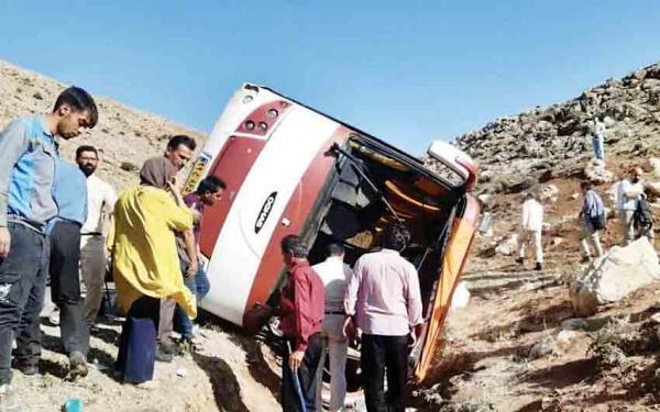 واژگونی اتوبوس حامل خبرنگاران,حادثه دلخراش واژگونی اتوبوس حامل خبرنگاران