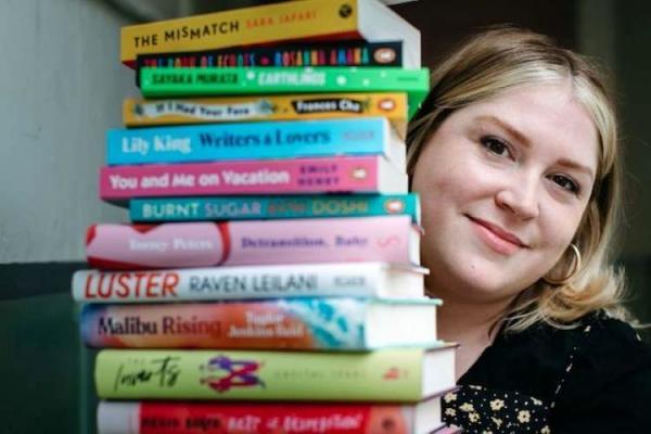 ریچل وود,جذابترین کتابفروشی برای نویسندگان زن