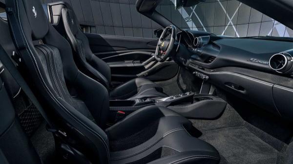 فراری F۸,شرکت خودروسازی فراری