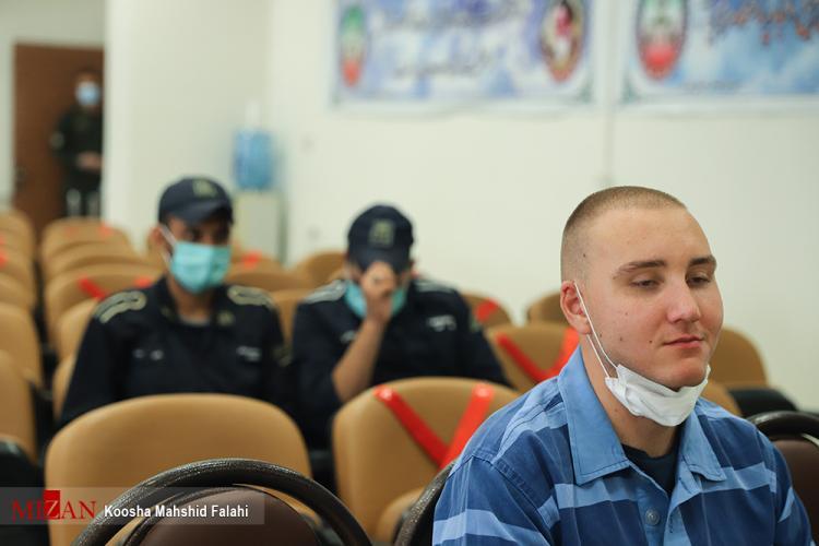 تصاویر جلسه محاکمه مهرههای یک شبکه بینالمللی قاچاق مواد مخدر در سوئد,عکس های دادگاه استفان کوین گیلبرت,تصاویر دادگاه سیمون کاسپر براون
