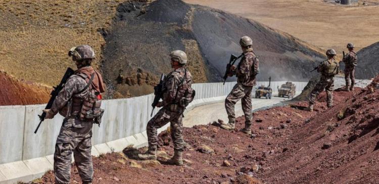 تصاویر افزایش تدابیر امنیتی ترکیه در مرز با ایران,عکس های دیوار مرزی ترکیه با ایران,تصاویر دیوار ایران و ترکیه